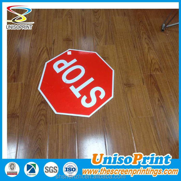 Screenprinting with UV stable ink Plastic sheet 3M reflective road signs