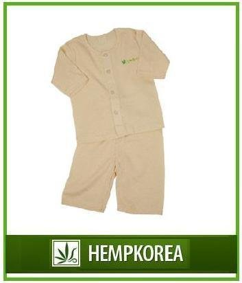 Linen baby clothing