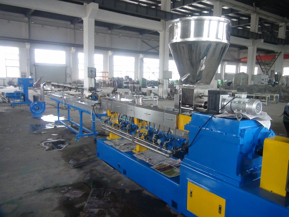 Waste Plastic PET bottle recycling machine plant, PET bottle crushing and washing recycling equipment line