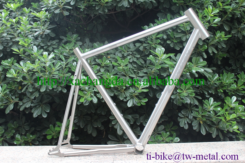 Titanium road bicycle frame with 650b wheel Custom titanium bike frame with sliding dropouts XACD Ti road frame with logo