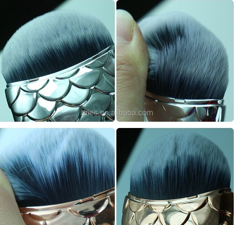 Fish Shape Makeup Brush Mermaid Fishtail Powder Foundation Cosmetics Brushes Fishes Contour Blending Make-up Brush Tool
