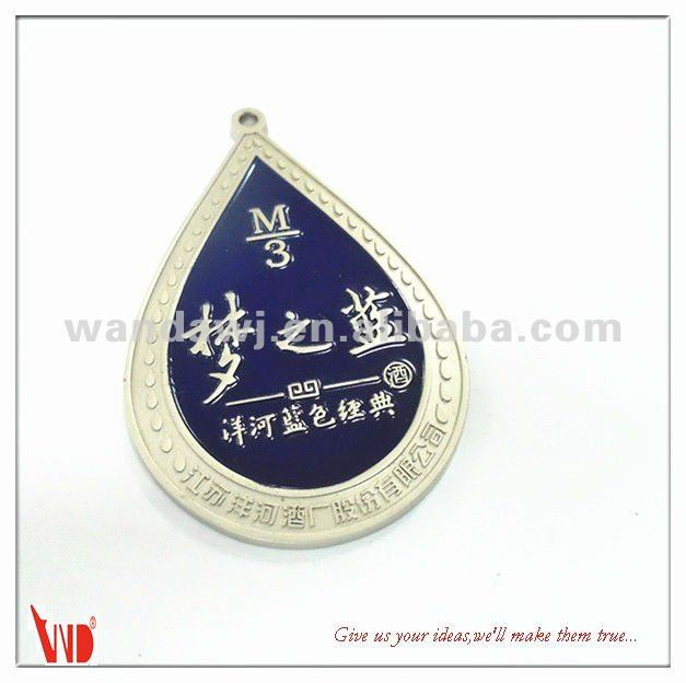 Customized shiny finishing metal pin badge