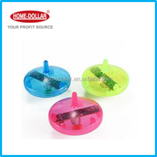 LED Flashing light and plastic mini spinning top toy