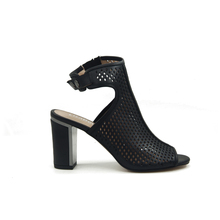 JHY-YQY-13 genuine girls latest high heel punching hold sandals shoes