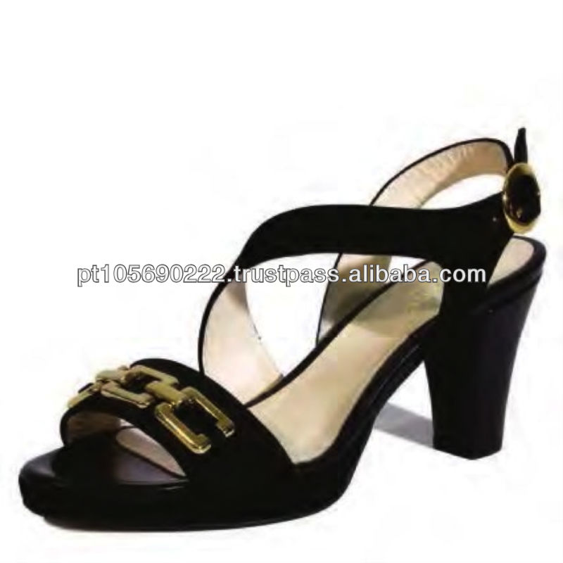 Shoes in leather Nobuk 9689