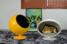 Creative Lovely Fiberglass Pet Ball chair/Pet Space chair for Pet Furniture