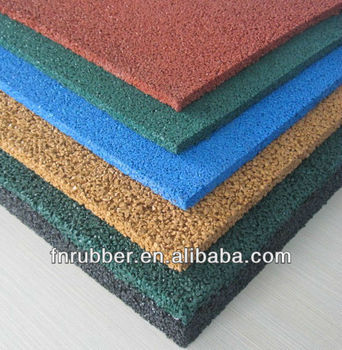 2013 new technology outdoor playground rubber tile