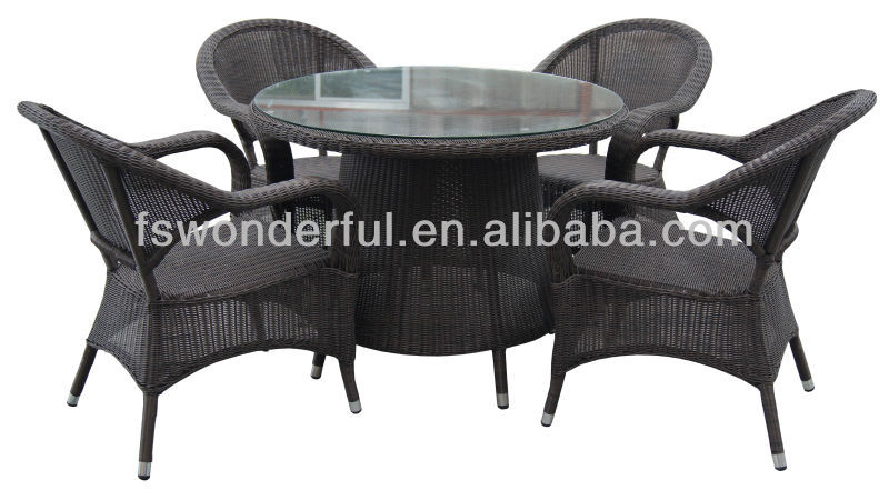 WF-662R rattan garden table and chair furniture set