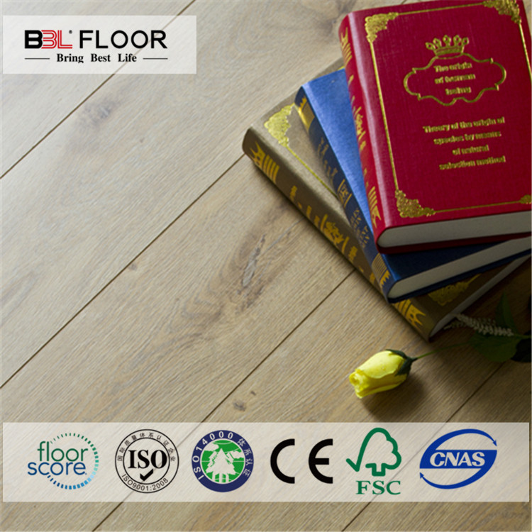 Staunch Series I3 laminate flooring 12m board