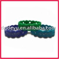Jibbitz Bracelets Silicone Bracelets/Rubber bands w ristbands with Stylish Design for gift/Sports souvenirs (high quality