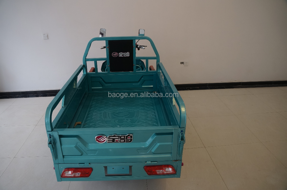 Battery electric auto rickshaws for cargo with powerful speed