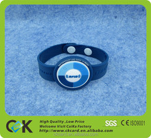 top grade customized pvc silicone wristbands bracelets from China golden manufacturer