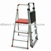 safe feet ,frame and steps are made of aluminum and plastic panel Stepladder