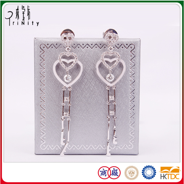 18K White Gold African Heart Shaped Diamond Drop Earrings