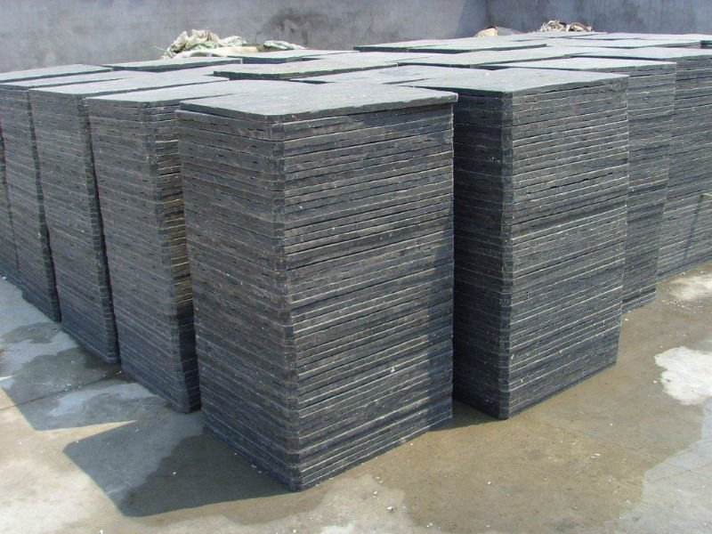 Plastic cement brick production pallets