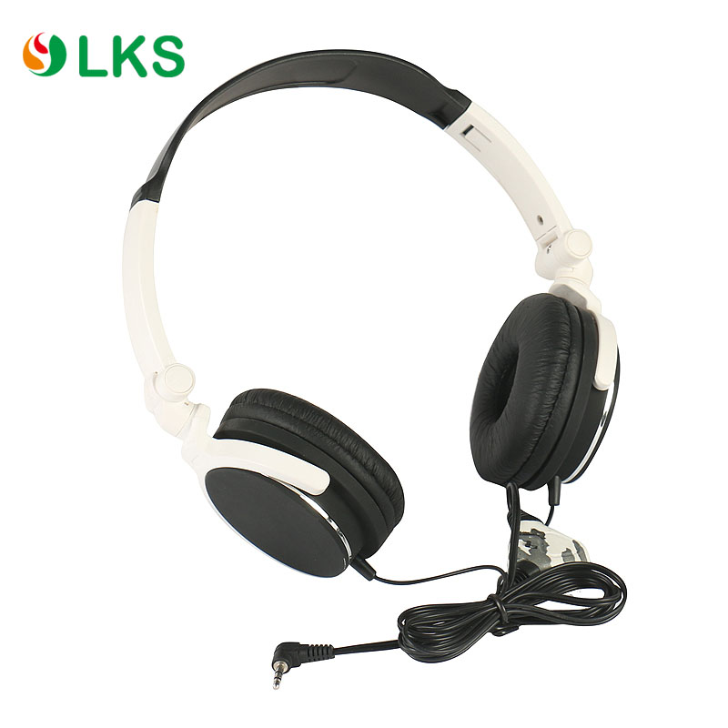 Shenzhen wholesale wired stereo mega bass headset best