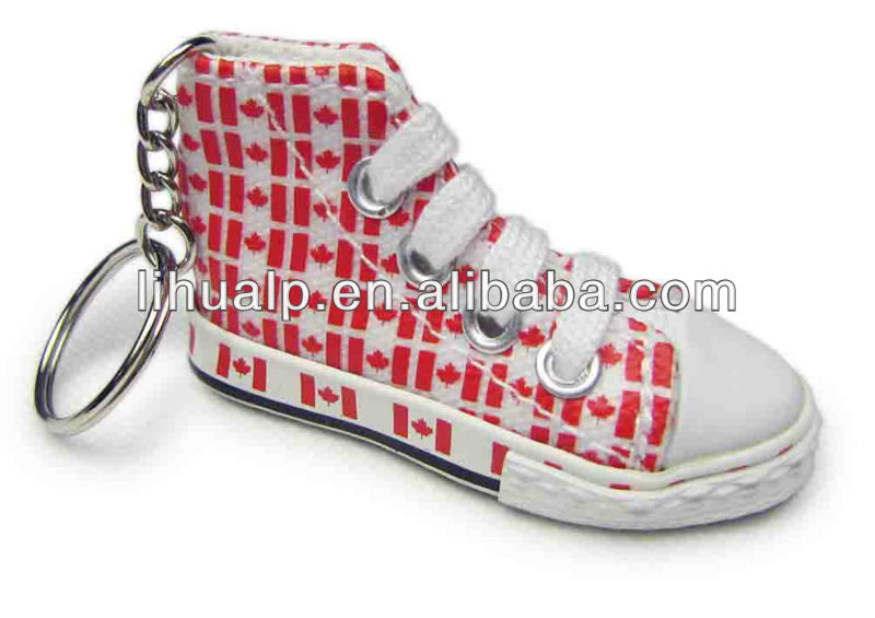 2013 Hot selling! mini shoe key chains/keyring
