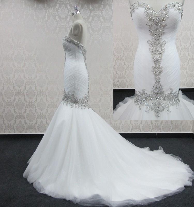 2017 hot sale elegant white trumpet mermaid mermaid bling for Wedding dress bling detail