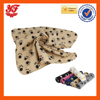Wholesale soft and comfortable dot print cheap pet blankets