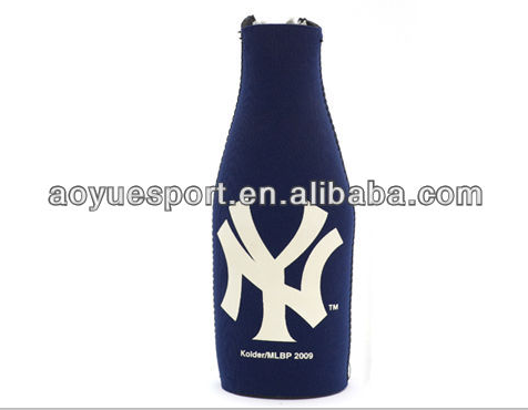 Black customized neoprene bottle sleeve