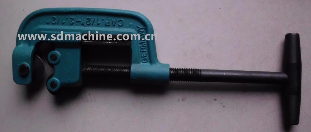 Heavy Duty Metal Pipe Cutter