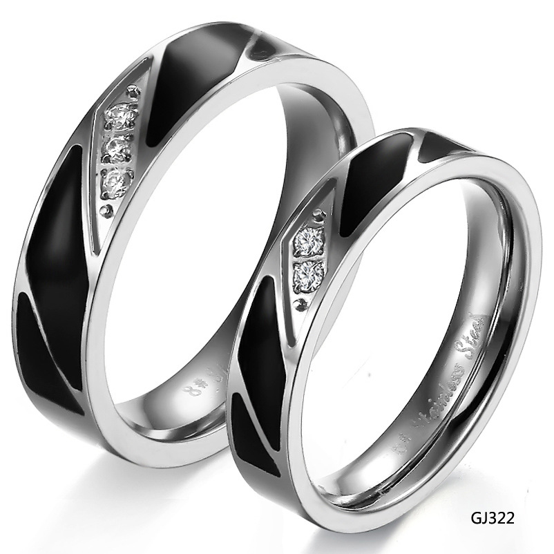 Classical <strong>Black</strong>& Silver Rhinestone Stainless Steel Fashion Couple Finger Ring