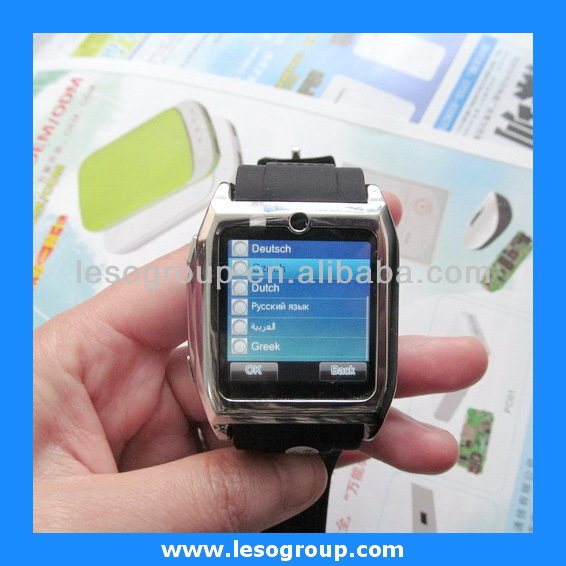 2013 New Quad-band bluetooth fashion watch mobile phone with smart bluetooth for iPhone Android