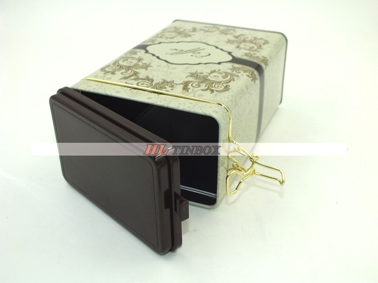 Retangular Metal Tin Boxes Sealed With Plastic Lid