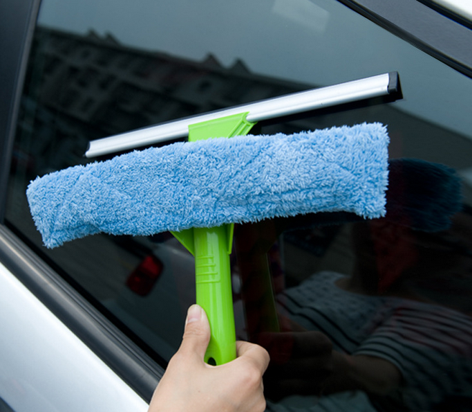 Double dual scaling car glass cleaning brush