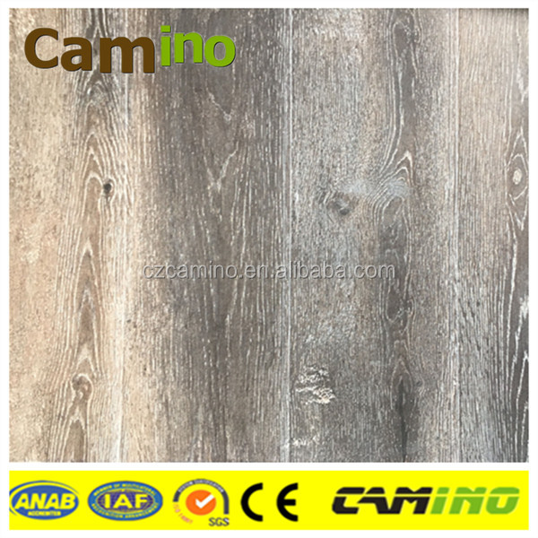 oak grains of synchironized surface engineered laminate flooring