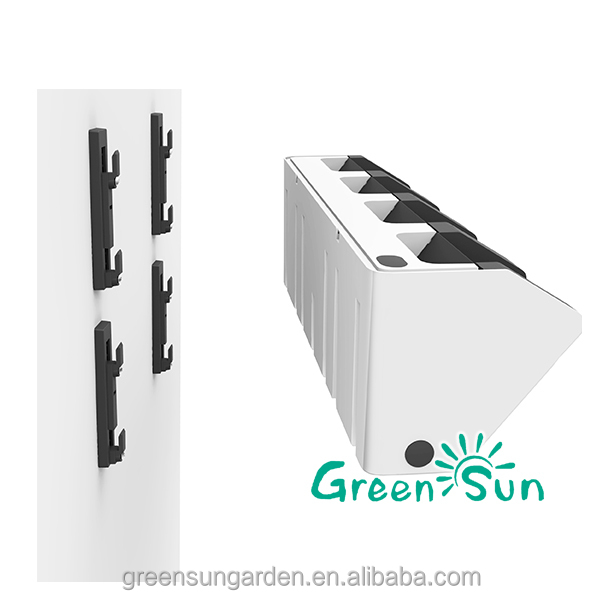 Modular vertical hydroponic growing systems planter for green house