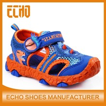 2015 newest unique lighted kids sandals, hiking sandals for boys, sandy sandals for children