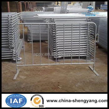 Hot galvanized metal temporary crowd control barrier, galvanized Pedestrian Barriers, french barricade (China manufacture)