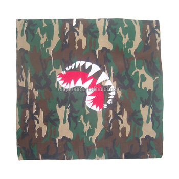 Best selling unique design 100% polyester army green square scarf