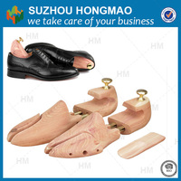 eco-friendly cedar shoe tree /Customize Men's leather shoes shoe tree/shoe trees sale