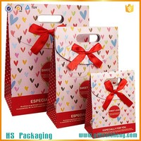 Cute varous size wedding door gift paper bag beautiful handmade with die cut handles