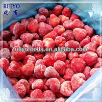 frozen strawberry for cake decoration