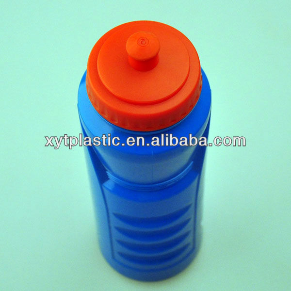 1 litre drinking sport bottle plastic with push/pull lid