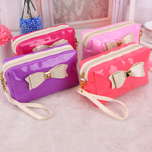 2016 new product hot fashionable colorful patent PU charm cosmetic bag