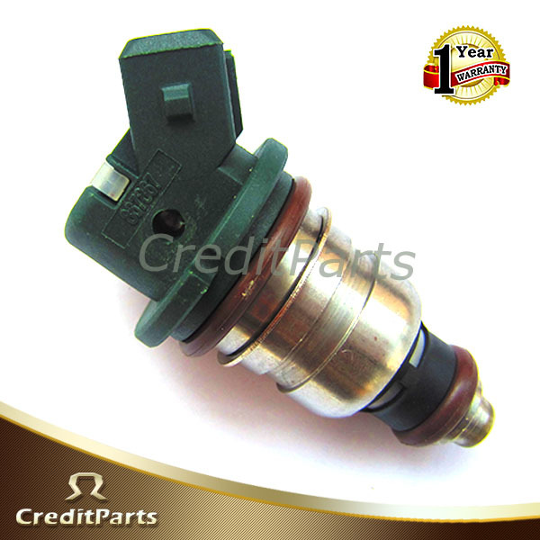 Auto Engine Parts Fuel Injector Nozzle 7700867867/ 867867 for R enault M egane