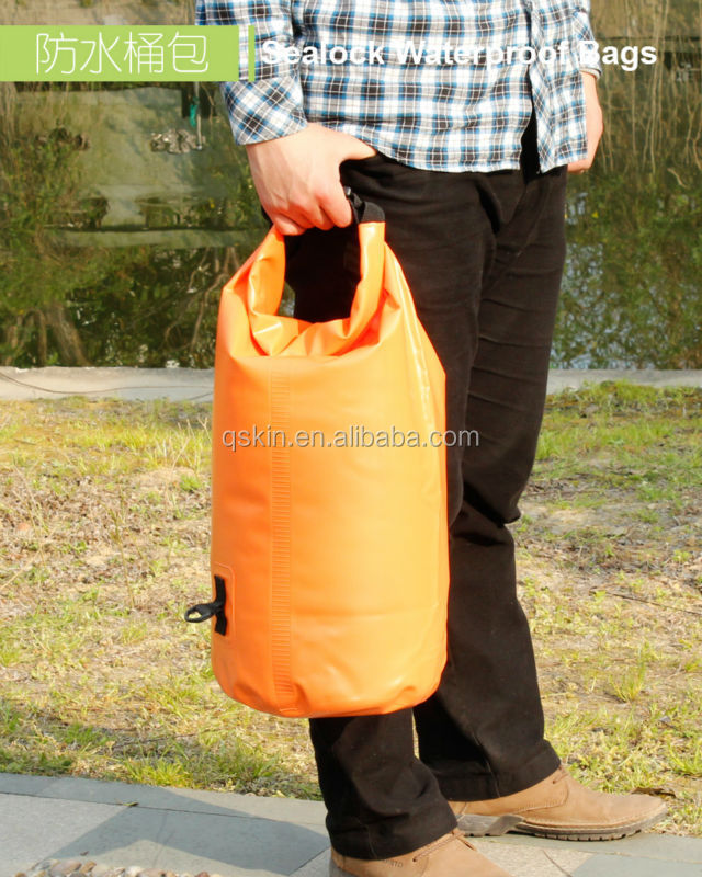 Customized light weight feel free dry bags with Solid color PVC fabric