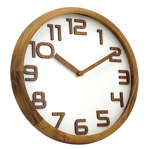 New Design Handmade Solid Round Wooden Wall Clock