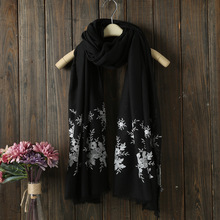 Fashion whosale wear plain women scarf Premium cotton shaw Embroidered l hijab scarf