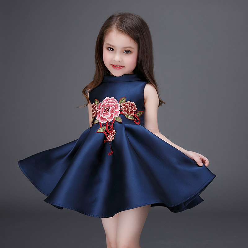 New model high quality embroidery fancy baby girl child dress for party