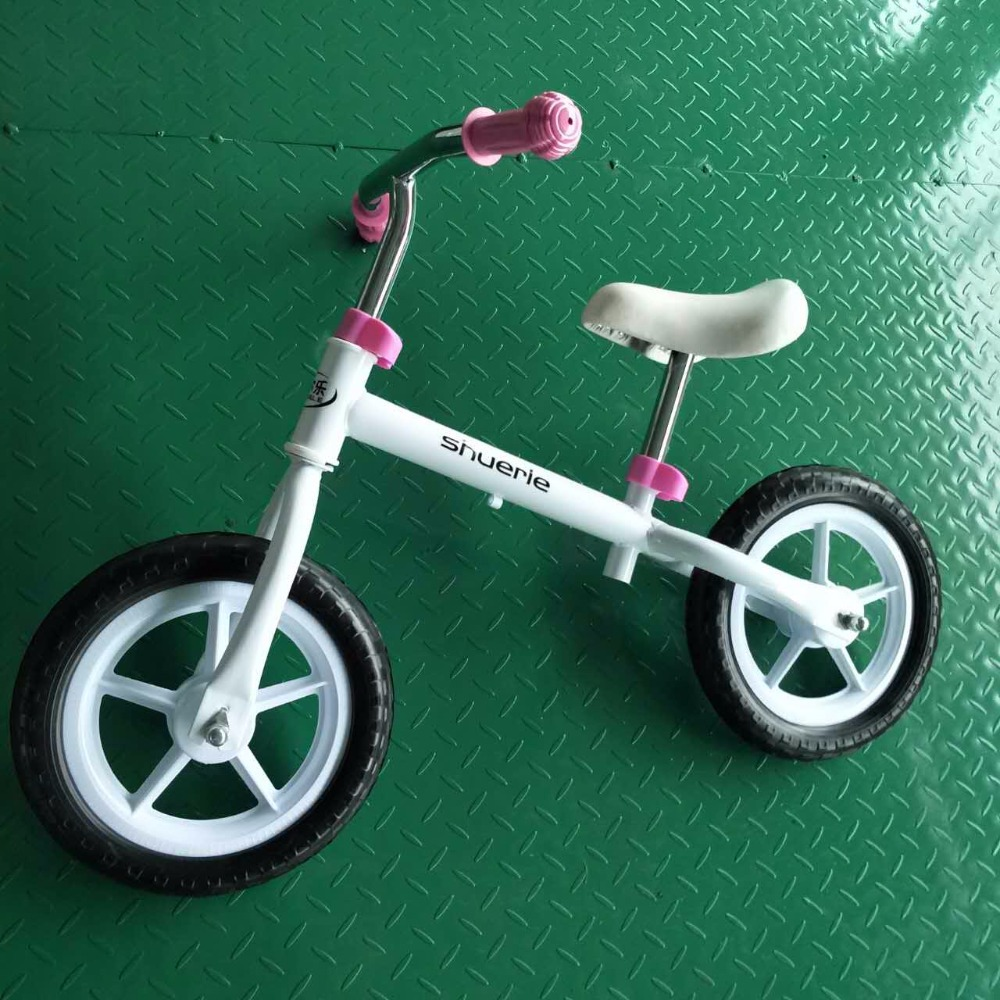 EN71 approved Kids balance bike for over 3 years
