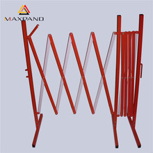 MAXPAND Safety Folding Barrier