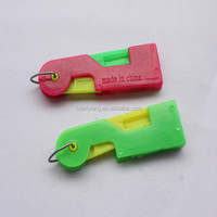 duck plastic needle threaders