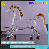 2016 Made borosilicate lead free clear Horse Shape glass decanter, glass wine decanter