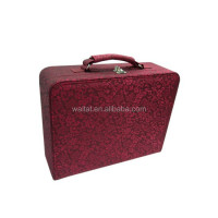 2015 The Square Red Satin Wrapped Wooden Gift Case