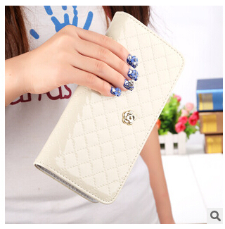 Hot sale women quilted long wallet crown purse women Wallets With Coin Bag Plum flower clutch bag carteras female dollar price